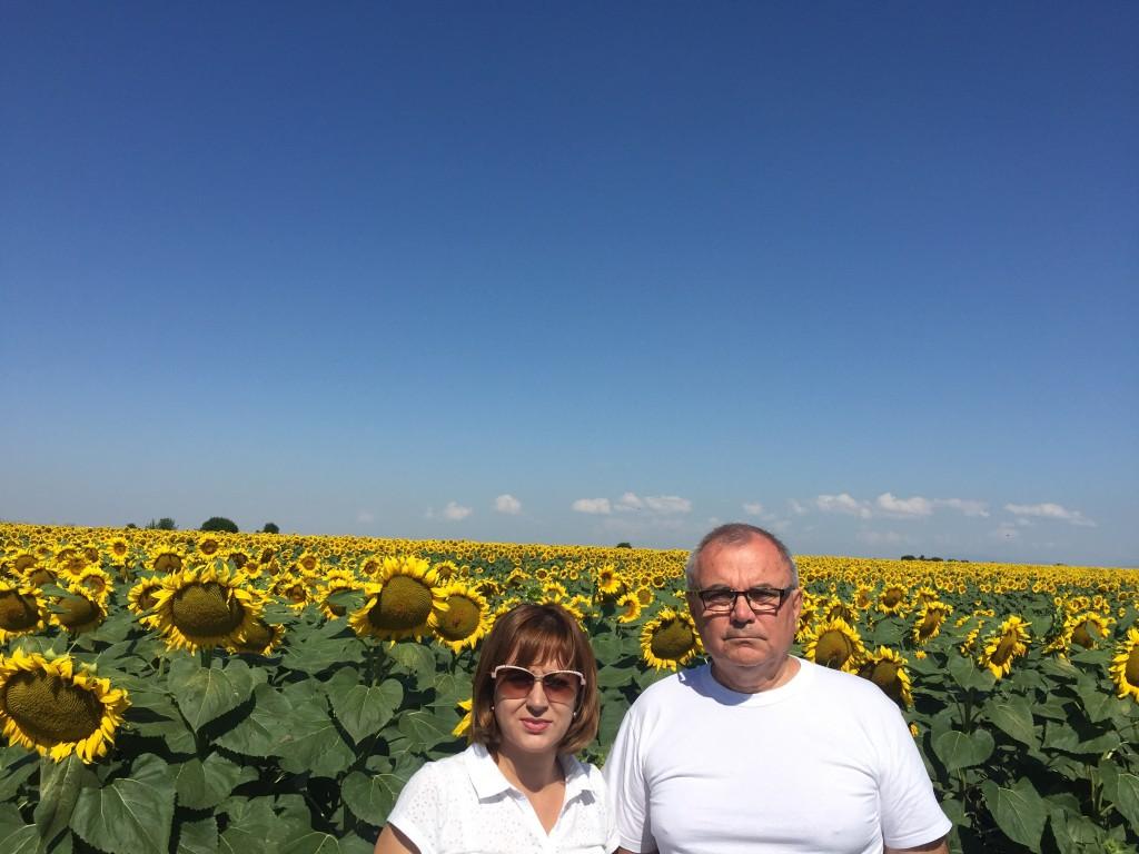 Търговският Директор на Тимак Агро, г-жа Силвия Янкова и г-н Йосиф Делгянски, собственик на Гранд Агро ООД